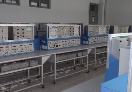 新华学校机电实训中心