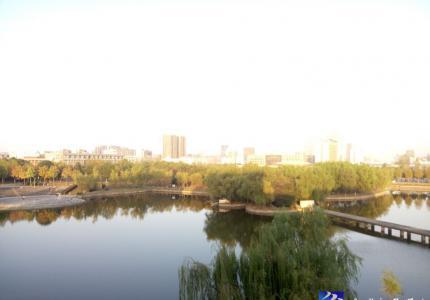 美丽如琴湖景色